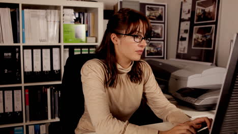 Young-Woman-Secretary-01