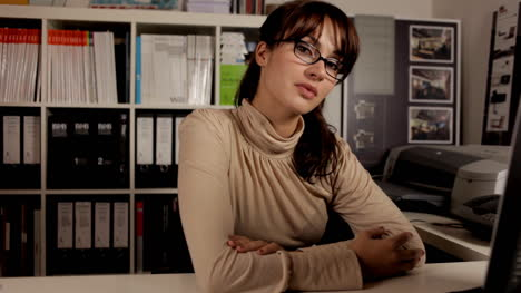 Young-Woman-Secretary-06