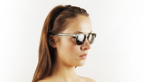 Woman-Sunglasses-Mix-01