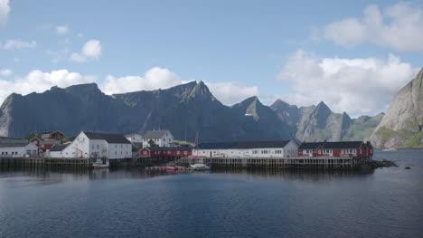Lofoten-Village-00