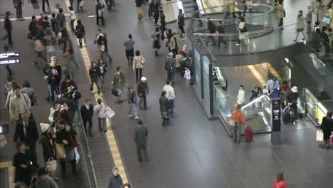 Commuters-in-Kyoto-s-JR-Station-Japan
