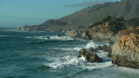 Surf-powered-by-a-winter-storm-rolls-into-the-Big-Sur-Coastline-of-California-1