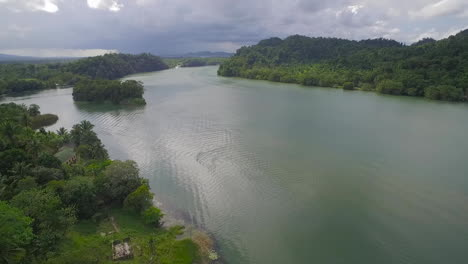 An-aerial-over-a-small-village-on-the-Rio-Dulce-River-in-Guatemala-1