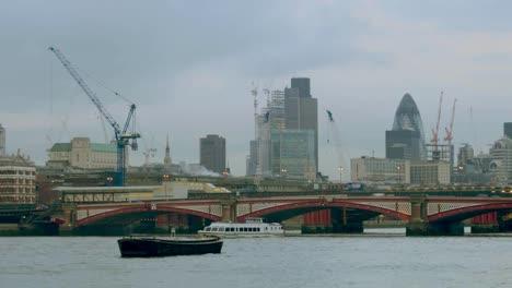 London-Pano-05