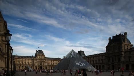 Louvre-00