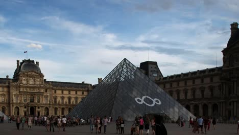 Louvre-03