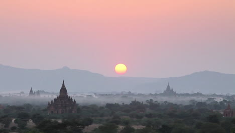 Beautiful-sunset-behind-the-temples-of-Pagan-Bagan-Burma-Myanmar-1