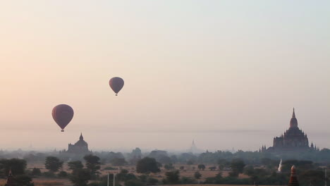 Balloons-rise-near-the-amazing-temples-of-Pagan-Bagan-Burma-Myanmar