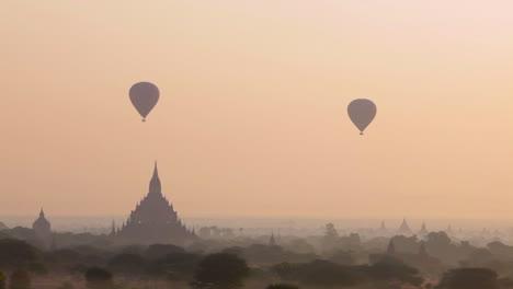 Balloons-rise-near-the-amazing-temples-of-Pagan-Bagan-Burma-Myanmar-3