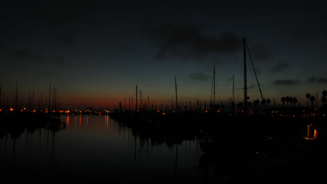 Time-lapse-of-a-harbor-during-sunset