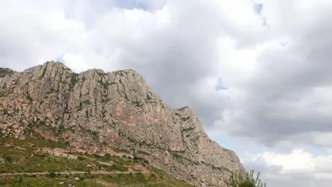 Monserrat-Mountains-01