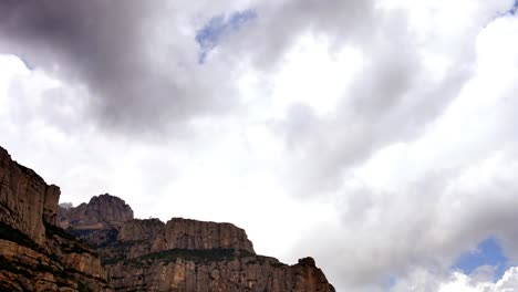Monserrat-Mountains-05