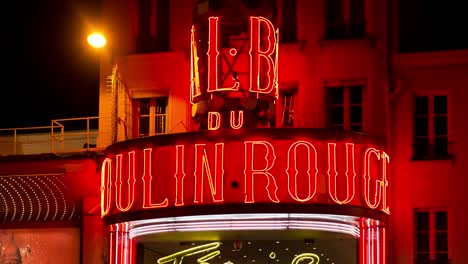Moulin-Rouge-Paris-05