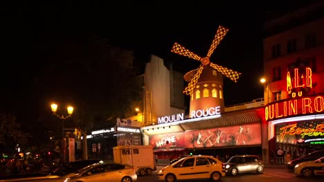 Moulin-Rouge-Paris-06