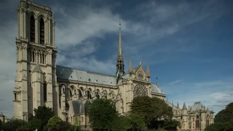 Notre-Dame-Video-01