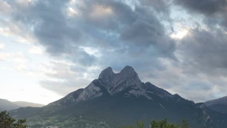 Pedraforca-Day-To-Night1