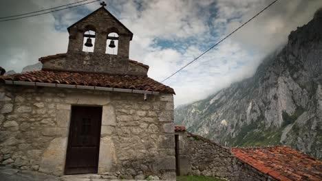 Picos-Church-00