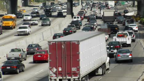 Traffic-moves-slowly-along-a-busy-freeway-in-Los-Angeles-5