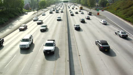 Traffic-moves-slowly-along-a-busy-freeway-in-Los-Angeles-17