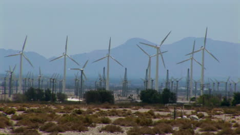 Wind-turbines-generate-electricity-1