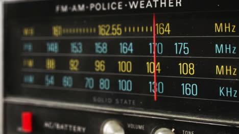 Police-Radio-03