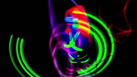 UV-Glowing-Woman-Dancer-12