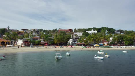 Puerto-Escondido-Port-00