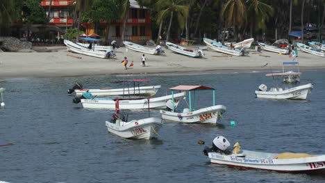 Puerto-Escondido-Port-01