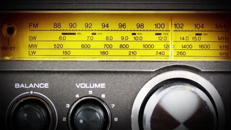 Radio-Dial-02