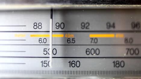 Radio-New-03
