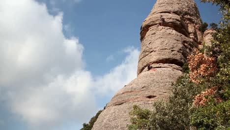 Rockclimbers-00
