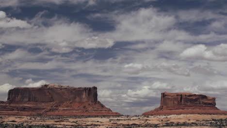 Disparo-De-Lapso-De-Tiempo-De-Nubes-Sobre-Monument-Valley