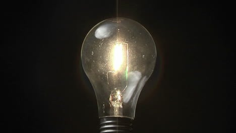 A-light-bulb-lights-up