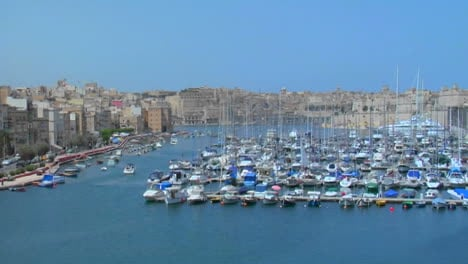 View-of-Maltas-old-city-scape-and-ships-in-the-harbor