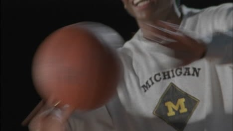 Three-men-play-basketball