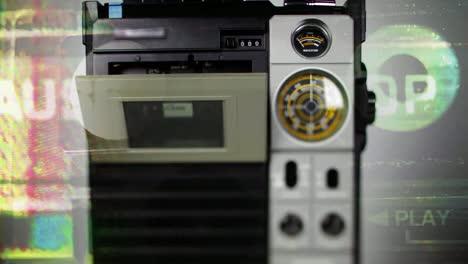 Square-Radio-Turn-04