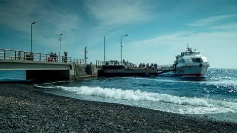 Stromboli-Boat-01