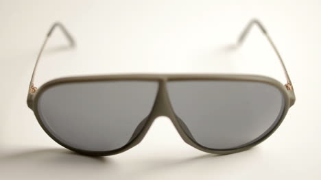 Sunglasses-000