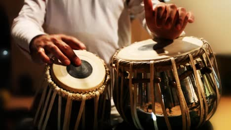 Tabla-Player-02