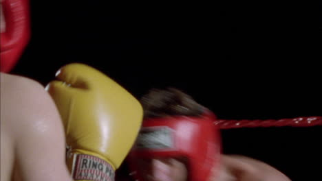 Two-boxers-train-in-the-ring-1