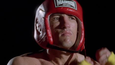 A-boxer-puts-on-his-head-gear