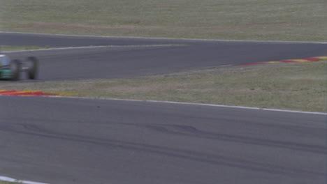 Carrera-De-Coches-De-Fórmula-En-Un-Circuito