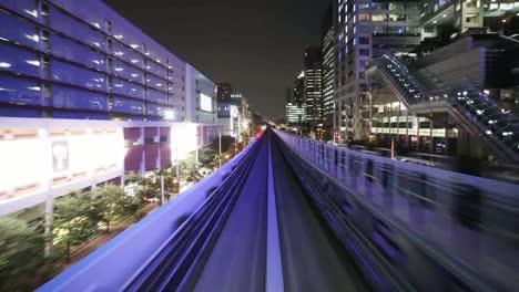 Tokyo-Monorail-02-1