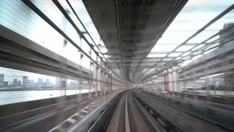 Tokyo-Monorail-21