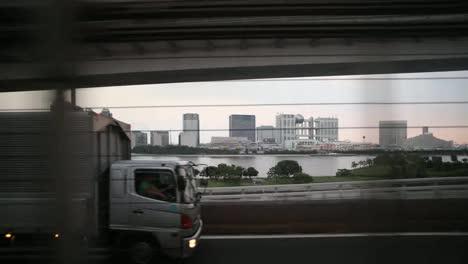 Tokyo-Monorail-22
