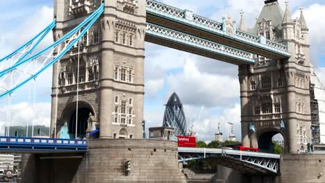 Tower-Bridge-02