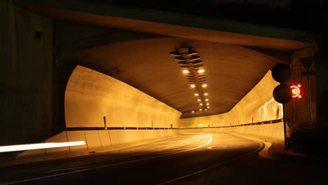 Tunnel-Night-01