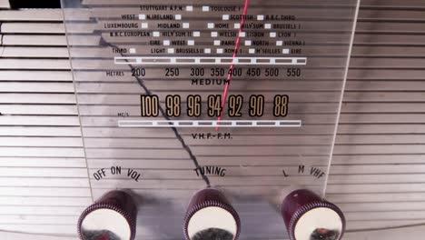 Vhf-Radio-02