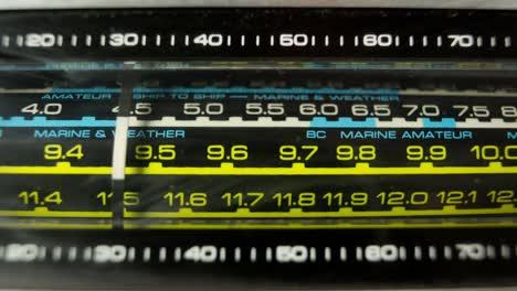 Vhf-Radio-06