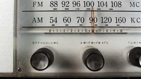 Vintage-Radio-Dial-03